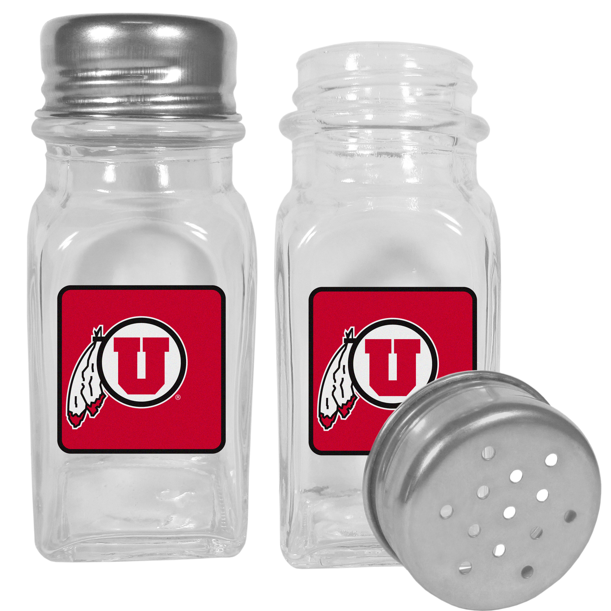 Utah Utes Graphics Salt and Pepper Shaker - No tailgate party is complete without your Utah Utes salt & pepper shakers featuring bright team logos. The diner replica salt and pepper shakers are glass with screw top lids. These team shakers are a great grill accessory whether you are barbecuing on the patio, picnicing or having a game day party.