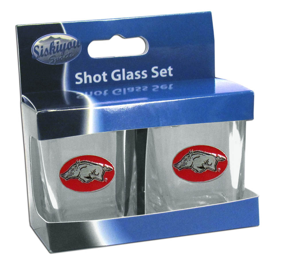 Arkansas Razorbacks Shot Glass Set - This is the perfect gift for any devoted Arkansas Razorbacks fan! Set of 2 glasses, 2oz capacity, with school logos on each glass. Perfect for tailgating or game day gatherings