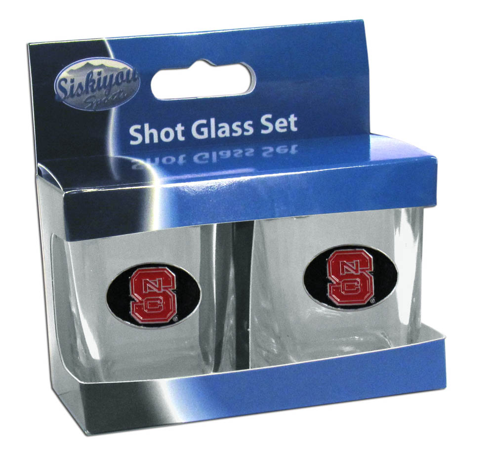 N. Carolina St. Wolfpack Shot Glass Set - This is the perfect gift for any devoted N. Carolina St. Wolfpack fan! Set of 2 glasses, 2oz capacity, with school logos on each glass. Perfect for tailgating or game day gatherings