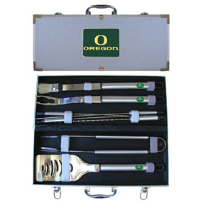 "College 8 pc BBQ Set - Oregon Ducks - Our collegiate 8 pc BBQ set includes a spatula with knife edge, grill fork, tongs, basting brush and 4 skewers. The tools are approximately 19"" long and have sturdy stainless steel handles. The aluminum carrying case features a metal carved emblem with enameled finish. Thank you for shopping with CrazedOutSports.com"