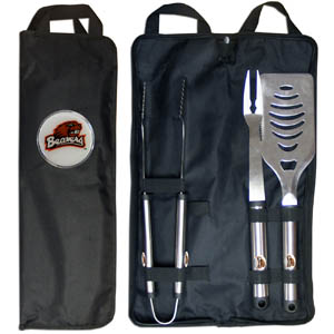Oregon St. BBQ Set w/Bag - Our Oregon Ducks stainless steel 3 pc BBQ tool set includes a large spatula with built in bottle opener, heavy duty tongs, and large fork. All the tools feature a team logo on the handle. The set comes with a durable canvas bag that has a chrome accented team logo.  Thank you for shopping with CrazedOutSports.com