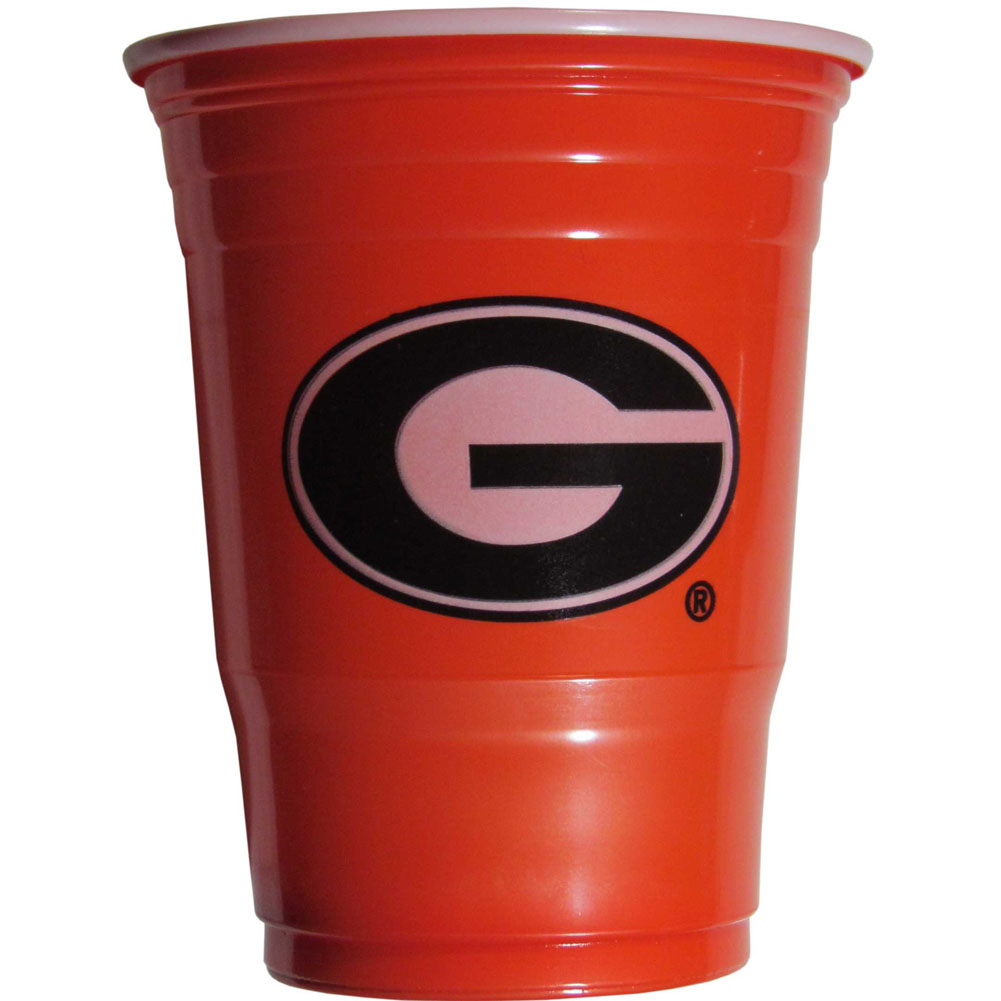 Georgia Bulldogs Plastic Game Day Cups 2 sleeves of 18 (36 Cups) - Our 18 ounce game day cups are what every tailgating or backyard events needs! The cups feature a big Georgia Bulldogs logo so you can show off your team pride. The popular 18 ounce size is perfect for drinks or ping pong balls! 2 sleeves of 18 cups, 36 cups in total.