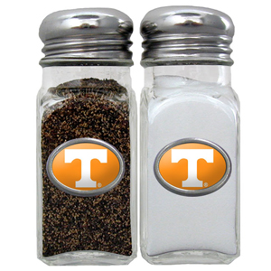 Salt & Pepper Shakers - Tennessee Volunteers - Our collegiate salt and pepper set is a great addition to any tailgating event or backyard BBQ. Thank you for shopping with CrazedOutSports.com