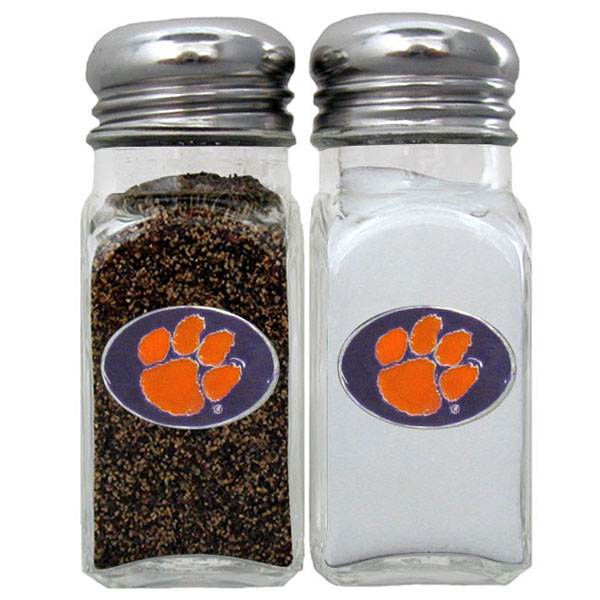 Clemson Tigers Salt & Pepper Shaker - Our diner replica salt and pepper shakers are the perfect addition to any tailgating or homegating event! The glass shakers have screw on metal tops and feature the Clemson Tigers logo on each shaker