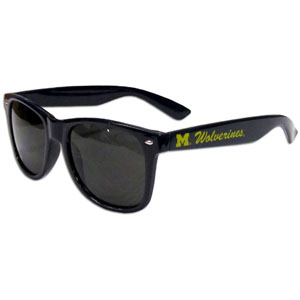 Michigan Wolverines Sunglasses - These collegiate Michigan Wolverines Sunglasses feature the school logo and name silk screened on the arm of these Michigan Wolverines great retro glasses.  Thank you for shopping with CrazedOutSports.com
