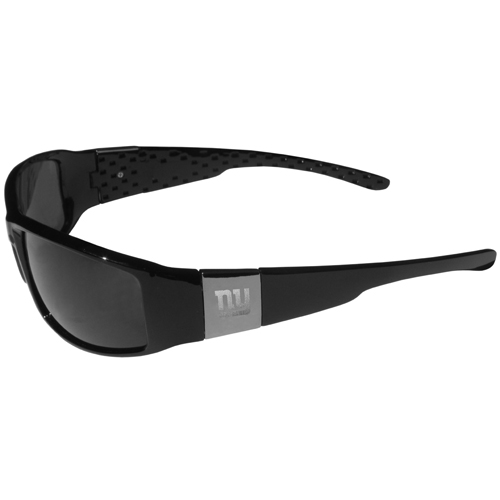 New York Giants Chrome Wrap Sunglasses - Our officially licensed sports memorabilia black wrap sunglasses are a sleek and fashionable way to show off. The quality frames are accented with chrome shield on each arm that has a laser etched logo. The frames feature flex hinges for comfort and durability and the lenses have the maximum UVA/UVB protection. Officially licensed NFL product Licensee: Siskiyou Buckle .com