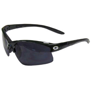 Green Bay Packers Blade Sunglasses - Officially licensed Green Bay Packers blade sunglasses have the Green Bay Packers logo screen printed on both sides of the frames. Look stylish wearing Green Bay Packers sports memorabilia sunglasses with arms that feature rubber colored accents and UV400 protection. Officially licensed NFL product Licensee: Siskiyou Buckle .com