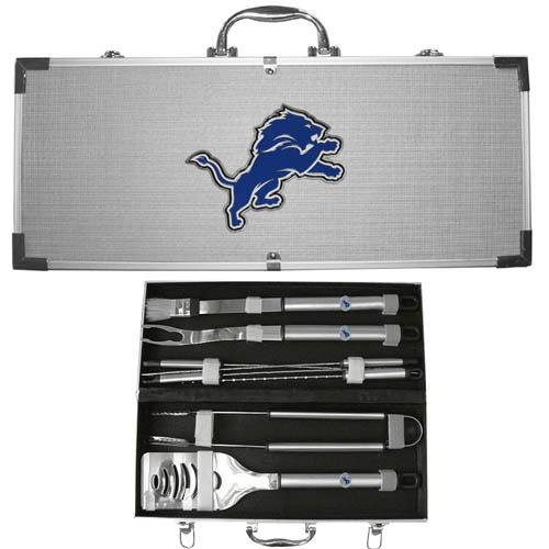 "Detroit Lions 8 pc BBQ Set  - Officially licensed Detroit Lions 8 pc BBQ Set  includes a spatula with knife edge, grill fork, tongs, basting brush and 4 skewers. The tools are approximately 19"" long and have sturdy stainless steel handles. The aluminum carrying case features a metal carved Detroit Lions emblem with enameled finish. Officially licensed NFL product Licensee: Siskiyou Buckle .com"