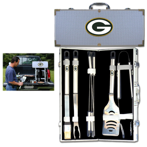 "Green Bay Packers 8 pc BBQ Set - Officially licensed Green Bay Packers 8 pc BBQ Set includes a spatula with knife edge, grill fork, tongs, basting brush and 4 skewers. The tools are approximately 19"" long and have sturdy stainless steel handles. The aluminum carrying case features a metal carved Green Bay Packers emblem with enameled finish. Officially licensed NFL product Licensee: Siskiyou Buckle .com"