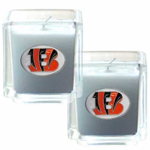 "Cincinnati Bengals NFL Candle Set (2) - This sports memorabilia Cincinnati Bengals NFL Candle Set (2) includes two 2"" x 2"" vanilla scented candles featuring a metal square with a hand enameled Cincinnati Bengals emblem. Officially licensed NFL product Licensee: Siskiyou Buckle .com"