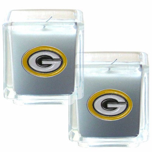 "Green Bay Packers NFL Candle Set (2)  - This sports memorabilia Green Bay Packers Candle Set includes two 2"" x 2"" vanilla scented candles featuring a metal square with a hand enameled Green Bay Packers emblem. Officially licensed NFL product Licensee: Siskiyou Buckle Thank you for visiting CrazedOutSports.com"