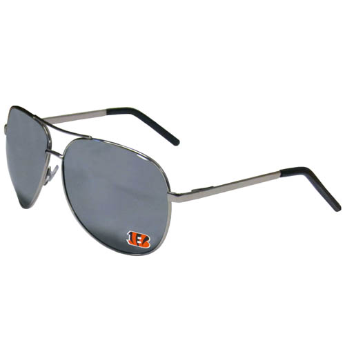 Cincinnati Bengals Aviator Sunglasses - Officially licensed NFL Cincinnati Bengals aviator sunglasses have the iconic aviator style with mirrored lenses and metal frames. The Cincinnati Bengals Aviator Sunglasses feature a silk screened Cincinnati Bengals logo in the corner of the lens. 100% UVA/UVB protection. Officially licensed NFL product Licensee: Siskiyou Buckle .com