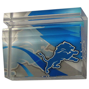Detroit Lions Business Cardholder - Our Detroit Lions crystal business cardholder is a great way to dress up your desk. The heavy duty cardholder weighs over a pound and is cut from water clear glass and features crisp team graphics that reflect off of the beveled edges of the cardholders to create a striking 3D effect from any angle. Officially licensed NFL product Licensee: Siskiyou Buckle .com