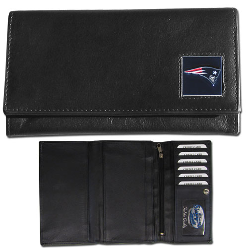 Women's NFL Leather Wallet - New England Patriots - This genuine leather women's pocketbook features 9 credit card slots, a windowed ID slot, spacious front pocket, inner pocket and zippered coin pocket. The front of the pocketbook has a hand painted metal square with the team's primary logo. Officially licensed NFL product Licensee: Siskiyou Buckle .com