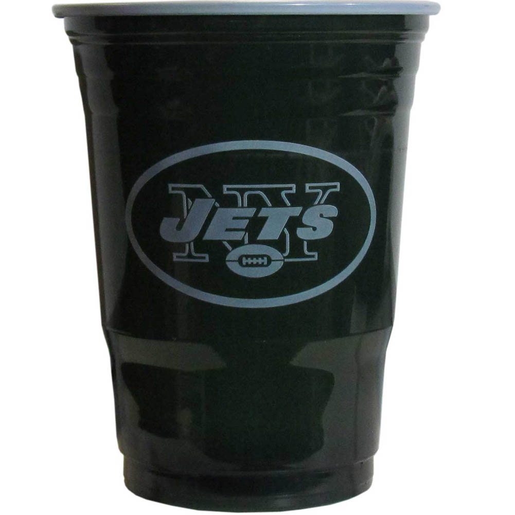 New York Jets Plastic Game Day Cups 2 sleeves of 18 (36 Cups) - Our 18 ounce game day cups are what every tailgating or backyard events needs! The cups feature a big New York Jets logo so you can show off your team pride. The popular 18 ounce size is perfect for drinks or ping pong balls! 2 sleeves of 18 cups, 36 cups in total.