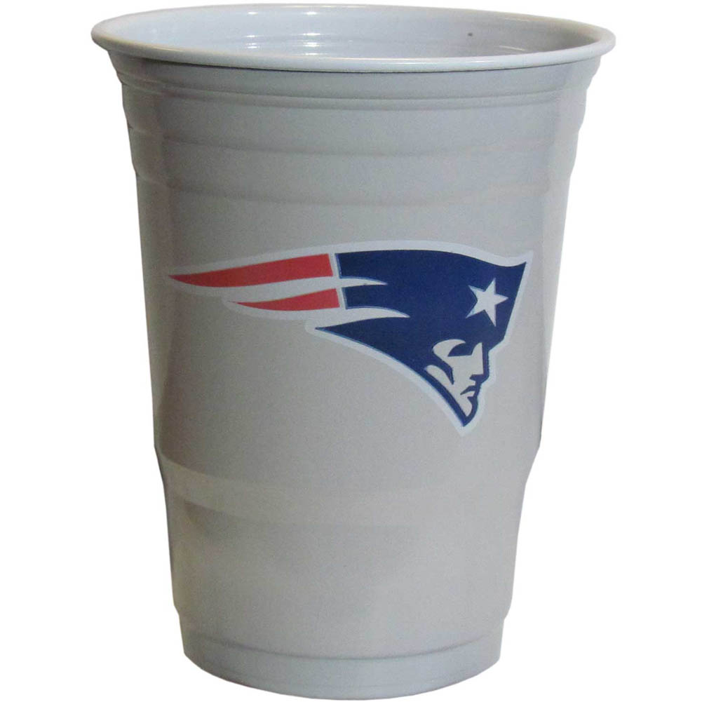 New England Patriots Plastic Game Day Cups 2 sleeves of 18 (36 Cups) - Our 18 ounce game day cups are what every tailgating or backyard events needs! The cups feature a big New England Patriots logo so you can show off your team pride. The popular 18 ounce size is perfect for drinks or ping pong balls! 2 sleeves of 18 cups, 36 cups in total.