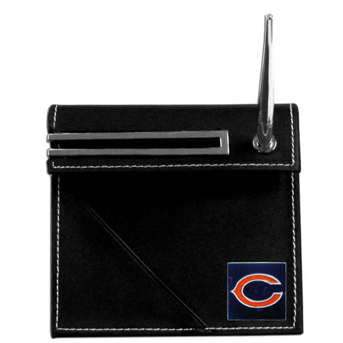 Chicago Bears Desk Set - Our classic Chicago Bears desk set features a slot for a note pad, a slot for your business cards and comes with a stylish pen. The set shows off your school pride with a hand enameled Chicago Bears team emblem. Officially licensed NFL product Licensee: Siskiyou Buckle .com