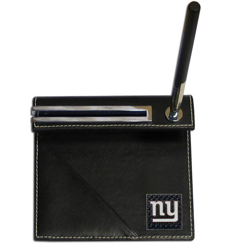 New York Giants Gridiron Desk Set - Our officially licensend NFL New York Giants gridiron desk set features a slot for a note pad, a slot for your business cards and comes with a stylish pen. The set shows off your New York Giants pride with a hand enameled gridiron New York Giants emblem. Officially licensed NFL product Licensee: Siskiyou Buckle Thank you for visiting CrazedOutSports.com