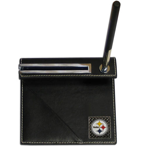 Pittsburgh Steelers Gridiron Desk Set - Our officially licensend NFL Pittsburgh Steelers gridiron desk set features a slot for a note pad, a slot for your business cards and comes with a stylish pen. The set shows off your Pittsburgh Steelers pride with a hand enameled gridiron Pittsburgh Steelers emblem. Officially licensed NFL product Licensee: Siskiyou Buckle .com