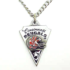 NFL Chain Necklace and Pendant - Cincinnati Bengals - Chain Necklace with Enameled Team Pendant - Cincinnati Bengals  Officially licensed NFL product Licensee: Siskiyou Buckle .com
