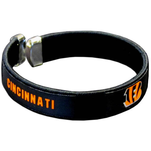 Cincinnati Bengals Fan Band Bracelet - Our NFL Cincinnati Bengals fan band is a one size fits all string cuff bracelets with a screen printed ribbon with the Cincinnati Bengals name and Cincinnati Bengals logo. Officially licensed NFL product Licensee: Siskiyou Buckle .com