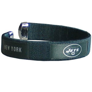 New York Jets Fan Band Bracelet - Our NFL New York Jets fan band is a one size fits all string cuff bracelets with a screen printed ribbon with the New York Jets name and New York Jets logo. Officially licensed NFL product Licensee: Siskiyou Buckle Thank you for visiting CrazedOutSports.com