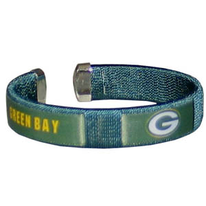 Green Bay Packers Fan Band Bracelet - Our NFL Green Bay Packers fan band is a one size fits all string cuff bracelets with a screen printed ribbon with the Green Bay Packers name and Green Bay Packers logo. Officially licensed NFL product Licensee: Siskiyou Buckle Thank you for visiting CrazedOutSports.com