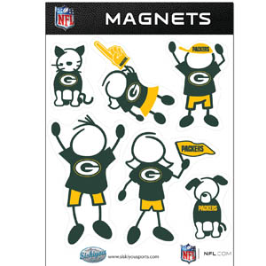 Green Bay Packers Family Magnets - Our Green Bay Packers family magnet set has father, mother, daughter, son, dog and cat all showing off their Green Bay Packers pride! Officially licensed NFL product Licensee: Siskiyou Buckle .com