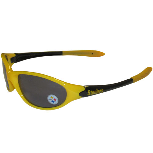 NFL Kid's Sunglasses - Pittsburgh Steelers - Time for the kid's to get in the game! These NFL Kid's Sunglasses - Pittsburgh Steelers are a great way to share in your love of the game. The lenses are UV400 and provide 100% protection against UVA and UVB radiation. 100% Lead Free. Officially licensed NFL product Licensee: Siskiyou Buckle .com