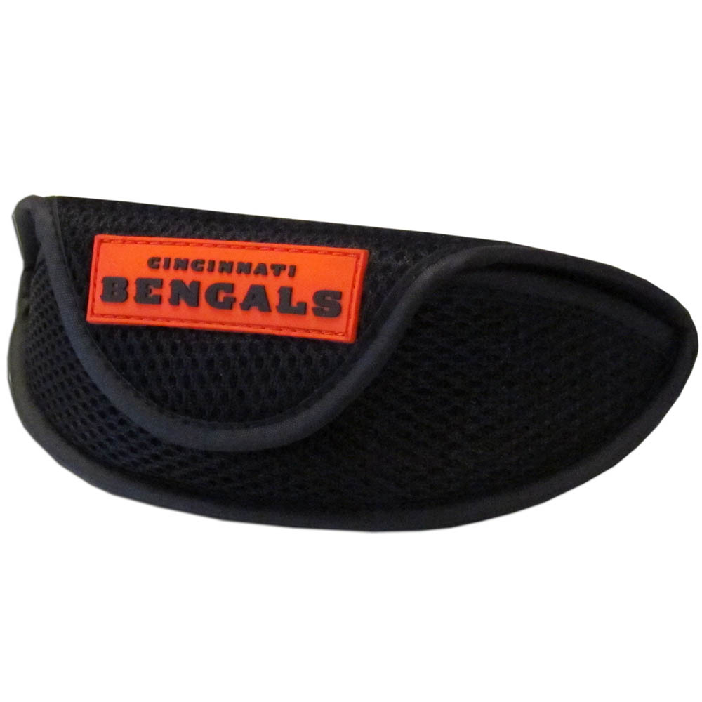 Cincinnati Bengals Sport Sunglass Case - Our officially licensed soft sport glasses case has microfiber interior to prevent scratches and a velcro closure to secure the glasses. The sporty mesh material and colorful Cincinnati Bengals logo finishes off this fashionable and functional case.