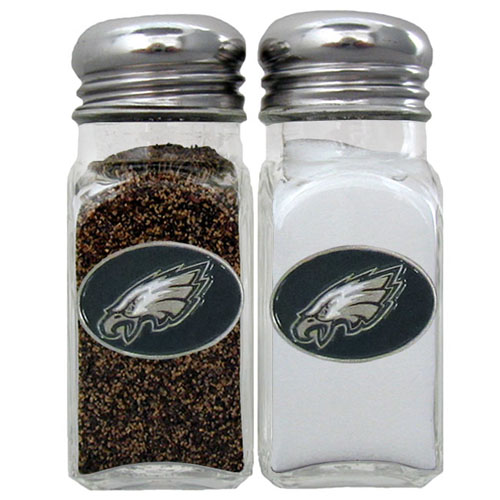 Salt and Pepper Shaker - Philadelphia Eagles - Our NFL salt and pepper set is a great addition to any tailgating event or backyard BBQ. Officially licensed NFL product Licensee: Siskiyou Buckle .com