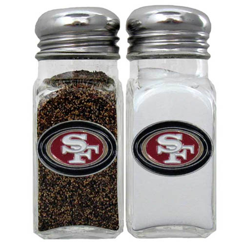 Salt & Pepper Shaker - San Francisco 49ers - Our NFL salt and pepper set is a great addition to any tailgating event or backyard BBQ. Officially licensed NFL product Licensee: Siskiyou Buckle .com