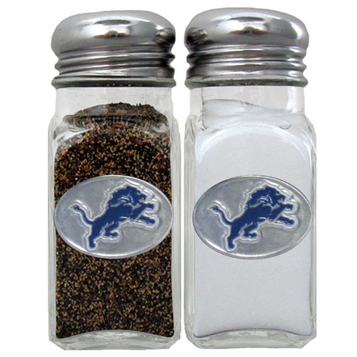 Salt and Pepper Shaker - Detroit Lions - Our NFL salt and pepper set is a great addition to any tailgating event or backyard BBQ. Officially licensed NFL product Licensee: Siskiyou Buckle .com
