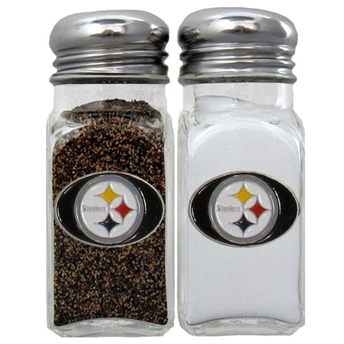 Salt and Pepper Shaker - Pittsburgh Steelers - Our NFL salt and pepper set is a great addition to any tailgating event or backyard BBQ. Officially licensed NFL product Licensee: Siskiyou Buckle .com