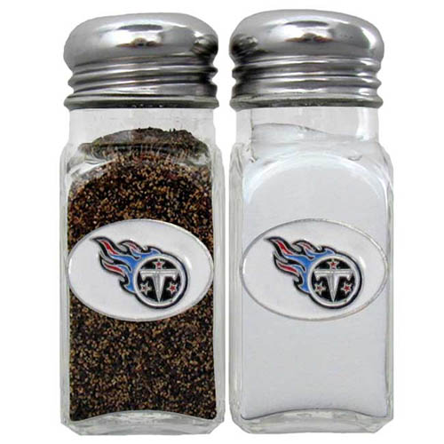 Salt & Pepper Shaker - Tennessee Titans - Our NFL salt and pepper set is a great addition to any tailgating event or backyard BBQ. Officially licensed NFL product Licensee: Siskiyou Buckle .com