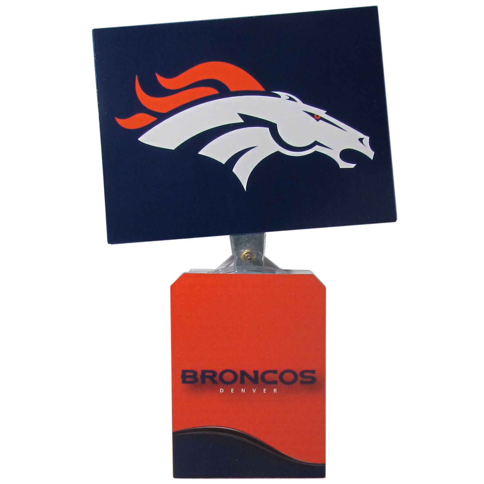 Denver Broncos Solar Flags - Get pumped up on the way to game with Siskiyou's Chicago Bears Denver Broncos Solar Flag that mounts to your dashboard or window. The in-motion solar flag also doubles as decoration for your tailgate or homegate! The base of the flag is 3 inches tall and the flag is 4 inches making the entire in-motion solar flag stand at 7 inches tall. Keep your spirit moving with your favorite team's Solar Flag.