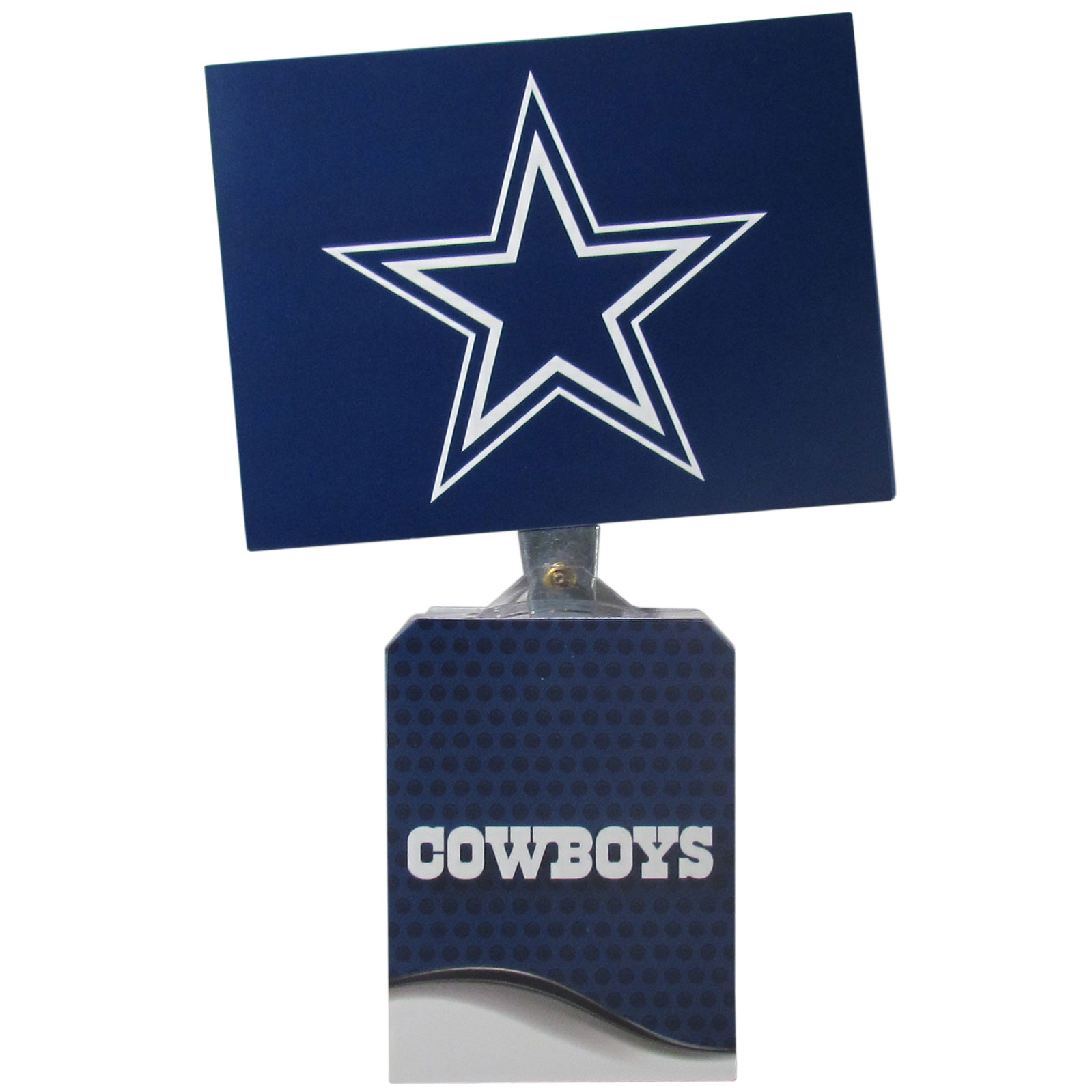 Dallas Cowboys Solar Flags - Get pumped up on the way to game with Siskiyou's Chicago Bears Dallas Cowboys Solar Flag that mounts to your dashboard or window. The in-motion solar flag also doubles as decoration for your tailgate or homegate! The base of the flag is 3 inches tall and the flag is 4 inches making the entire in-motion solar flag stand at 7 inches tall. Keep your spirit moving with your favorite team's Solar Flag.