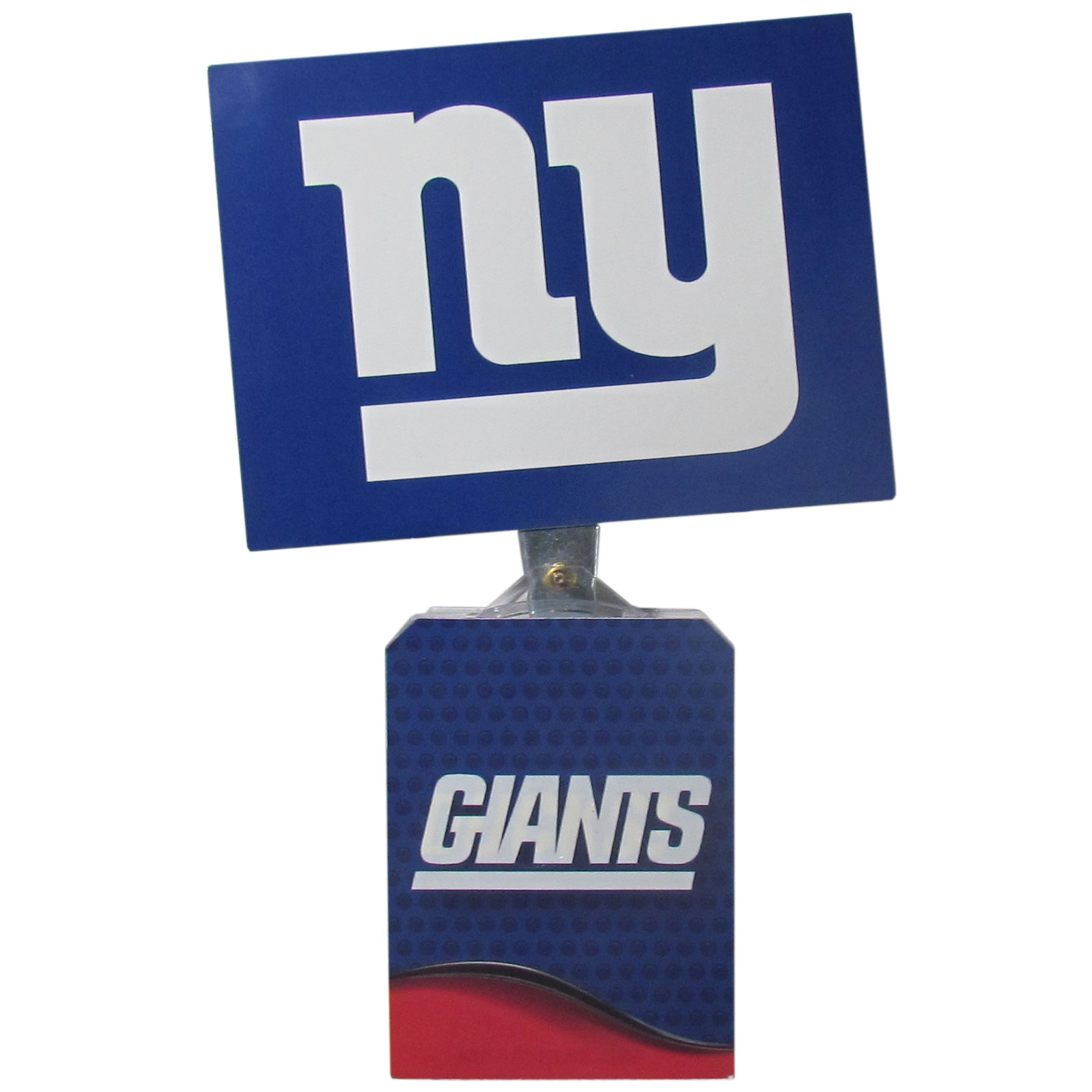 New York Giants Solar Flags - Get pumped up on the way to game with Siskiyou's Chicago Bears New York Giants Solar Flag that mounts to your dashboard or window. The in-motion solar flag also doubles as decoration for your tailgate or homegate! The base of the flag is 3 inches tall and the flag is 4 inches making the entire in-motion solar flag stand at 7 inches tall. Keep your spirit moving with your favorite team's Solar Flag.