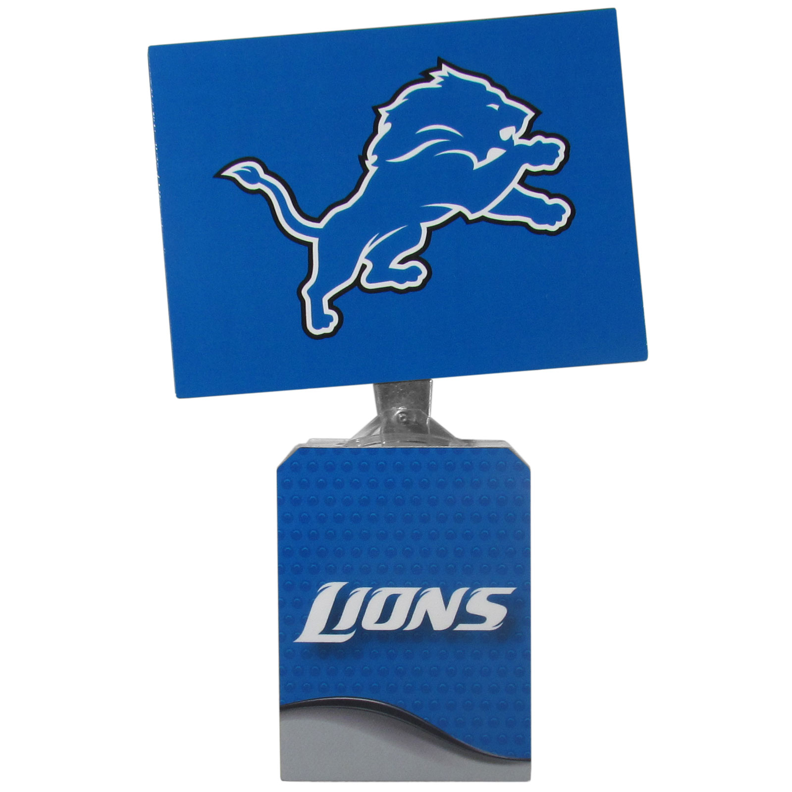 Detroit Lions Solar Flags - Get pumped up on the way to game with Siskiyou's Chicago Bears Detroit Lions Solar Flag that mounts to your dashboard or window. The in-motion solar flag also doubles as decoration for your tailgate or homegate! The base of the flag is 3 inches tall and the flag is 4 inches making the entire in-motion solar flag stand at 7 inches tall. Keep your spirit moving with your favorite team's Solar Flag.