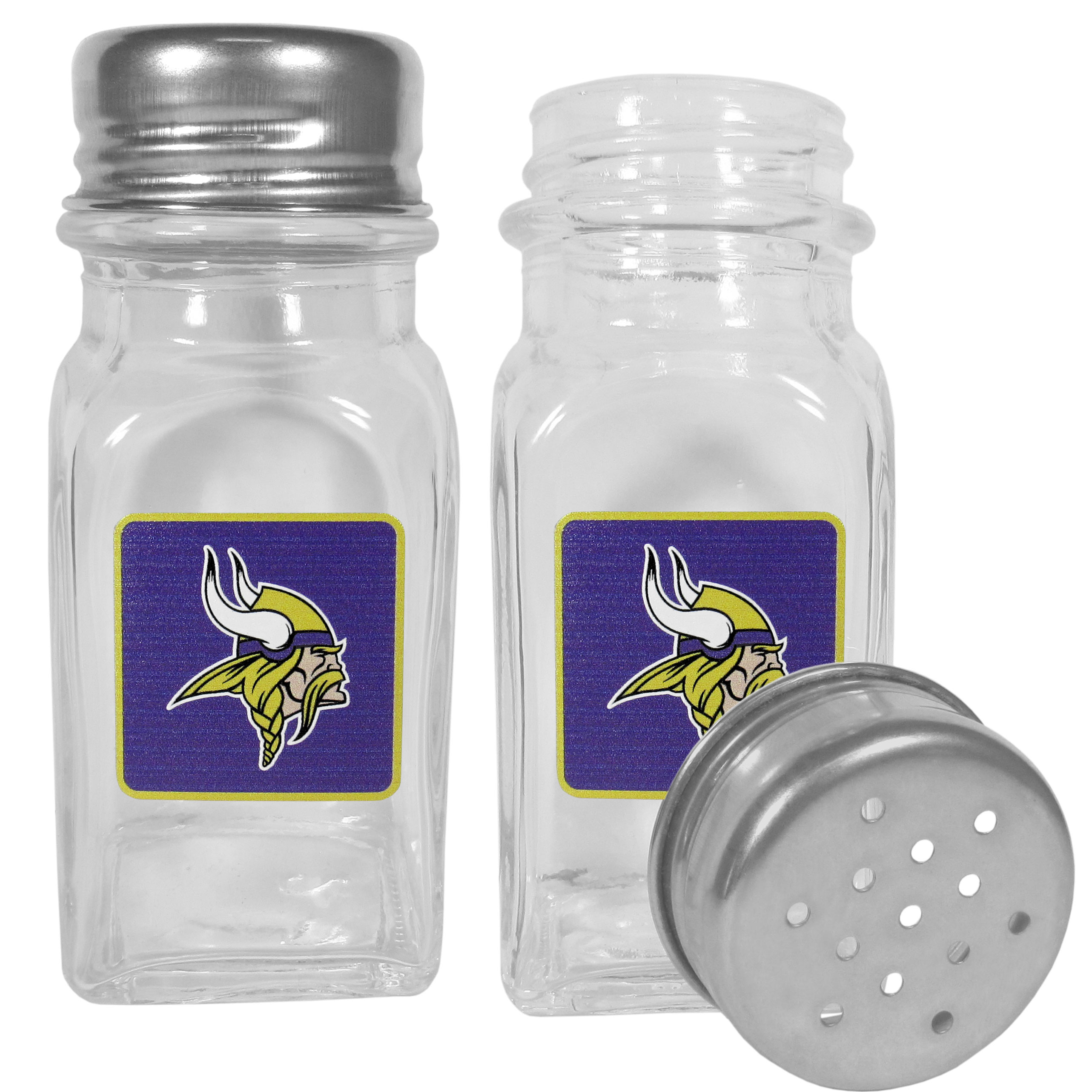 Minnesota Vikings Graphics Salt and Pepper Shaker - No tailgate party is complete without your Minnesota Vikings salt & pepper shakers featuring bright team logos. The diner replica salt and pepper shakers are glass with screw top lids. These team shakers are a great grill accessory whether you are barbecuing on the patio, picnicing or having a game day party.
