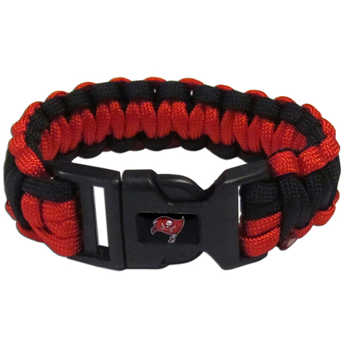 Tampa Bay Buccaneers Suvivor Bracelet - Our functional and fashionable survivor bracelets contain 2, 350lb test paracord rated cords that are each 5 feet long. The team colored cords can be pulled apart to be used in any number of emergencies and look great while worn. The bracelet features a team emblem on the clasp.  Officially licensed NFL product Licensee: Siskiyou Buckle .com