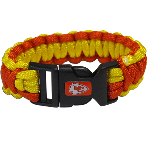 Kansas City Chiefs Suvivor Bracelet - Our functional and fashionable survivor bracelets contain 2, 350lb test paracord rated cords that are each 5 feet long. The team colored cords can be pulled apart to be used in any number of emergencies and look great while worn. The bracelet features a team emblem on the clasp.  Officially licensed NFL product Licensee: Siskiyou Buckle Thank you for visiting CrazedOutSports.com