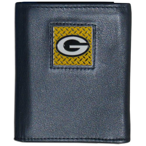 Green Bay Packers Gridiron Leather Tri-fold Wallet - Officially licensed NFL Green Bay Packers Gridiron Leather Tri-fold Wallet features numerous card slots, windowed ID slots, removable picture slots and large billfold pockets. This quality wallet has an enameled gridiron style Green Bay Packers emblem on the front of the wallet. Officially licensed NFL product Licensee: Siskiyou Buckle .com