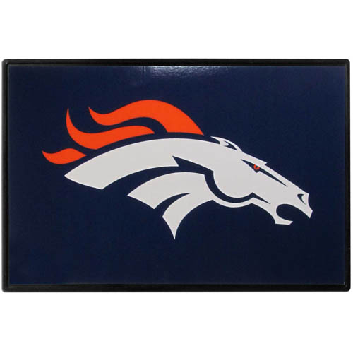 Denver Broncos Game Day Wiper Flag - Our Denver Broncos Game Day Wiper Flag is the first ever, sign-in-motion, that will display your team spirit as you're cruising the streets on game day! Keep your flag up year-round and swap out the interchangeable flag when needed. The flag easily attaches to the top of your windshield wiper or back of your bike. Remember to remove decal plate when entering the carwash.