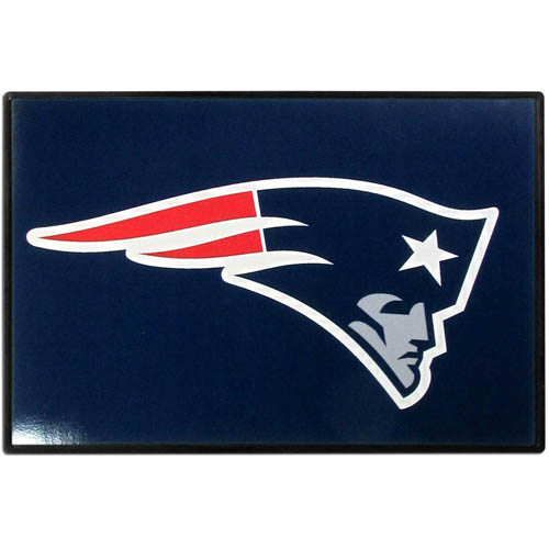 New England Patriots Game Day Wiper Flag - Our New England Patriots Game Day Wiper Flag is the first ever, sign-in-motion, that will display your team spirit as you're cruising the streets on game day! Keep your flag up year-round and swap out the interchangeable flag when needed. The flag easily attaches to the top of your windshield wiper or back of your bike. Remember to remove decal plate when entering the carwash.
