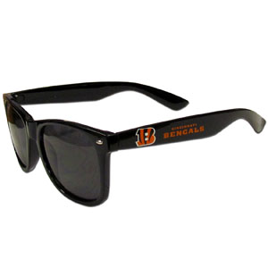 Cincinnati Bengals Beachfarer Sunglasses Sunglasses - Our NFL Cincinnati Bengals Beachfarer Sunglasses feature the Cincinnati Bengals logo and name silk screened on the arm of these great retro glasses.  400 UVA protection. Officially licensed NFL product Licensee: Siskiyou Buckle .com