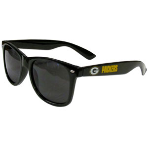 Green Bay Packers Beachfarer Sunglasses - Our NFL Green Bay Packers Beachfarer Sunglasses feature the Green Bay Packers logo and Green Bay Packers name silk screened on the arm of these great retro glasses.  400 UVA protection. Officially licensed NFL product Licensee: Siskiyou Buckle .com
