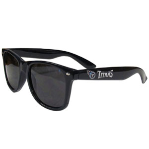 Tennessee Titans Beachfarer Sunglasses - Our NFL Tennessee Titans Beachfarer Sunglasses feature the Tennessee Titans logo and Tennessee Titans name silk screened on the arm of these great retro glasses.  400 UVA protection. Officially licensed NFL product Licensee: Siskiyou Buckle .com