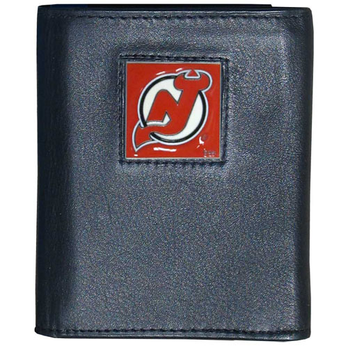 NHL Trifold Wallet in Tin - New Jersey Devils - NHL New Jersey Devils Tri-fold wallet is made of high quality fine grain leather with New Jersey Devils logo sculpted and enameled with fine detail on the front panel.