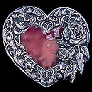 Belt Buckle - Heart Rose and Leaf Border - This finely sculpted and hand enameled heart belt buckle contains exceptional 3D detailing. Siskiyou's unique buckle designs often become collector's items and are unequaled with the best craftsmanship.